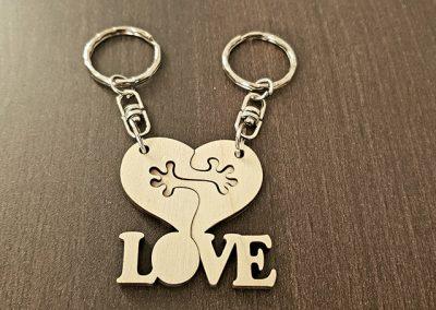 Love kulcstartó